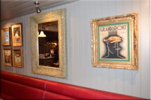 Pictures on the wall of Bistrot Pierre
